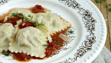 Ravioli mit Salsiccia-Füllung
