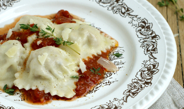 ravioli mit salsiccia f llung compliment to the chef. Black Bedroom Furniture Sets. Home Design Ideas